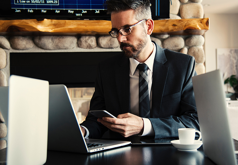 Businessman learning how to use LinkedIn for lead generation
